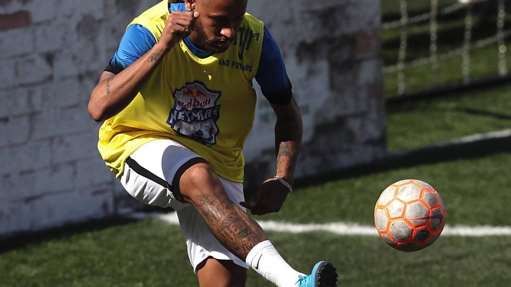 Neymar wird am Montag bei PSG zum Training erwartet