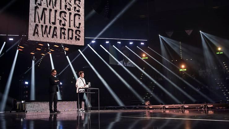 Der Schweizer Sänger Nemo bei der Verleihung der Swiss Music Awards im Februar im Zürcher Hallenstadion. (Archivbild)