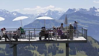 Tourismus sorgt für steigenden Konsum: Der UBS-Konsumindikator ist im August von 1,45 auf 1,53 Punkte gestiegen. (Symbolbild)