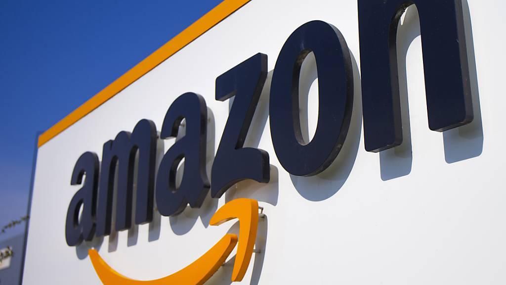 Beim US-Versandkonzern Amazon haben sich bisher über 19'000 Mitarbeitende mit dem Coronavirus infiziert. (Archivbild)