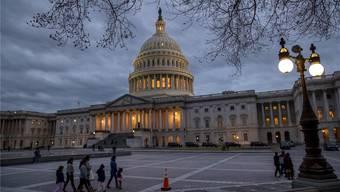 Das Capitol in Washington: Der «Shutdown» ist nach drei Tagen zu Ende. Keystone