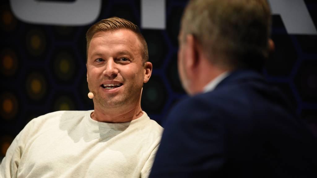 Erpresser fordern Geld von Jonny Fischer