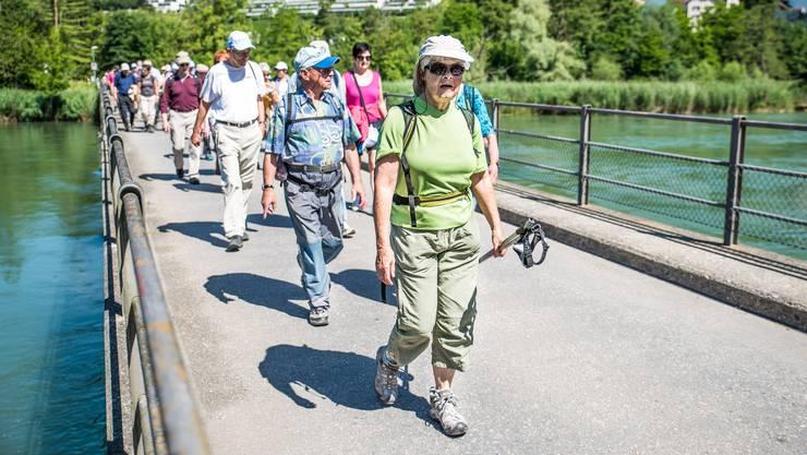 Eindrücke von der ersten Etappe des Leserwanderns 2016: von Wildegg nach Aarau.