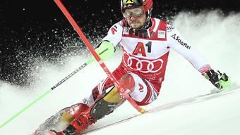 Marcel Hirscher zeigt der Konkurrenz im ersten Lauf die Zähne