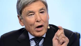 Sein rotes Auge ist deutlich zu erkennen: Nestlé-Verwaltungsratspräsident Peter Brabeck.