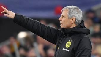 Sah gegen Paderborn viel Schatten und ein bisschen Licht: BVB-Coach Lucien Favre