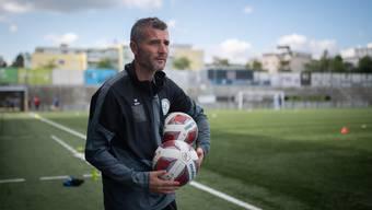 Alex Frei, der neue Trainer vom FC Wil, posiert für ein Porträt.