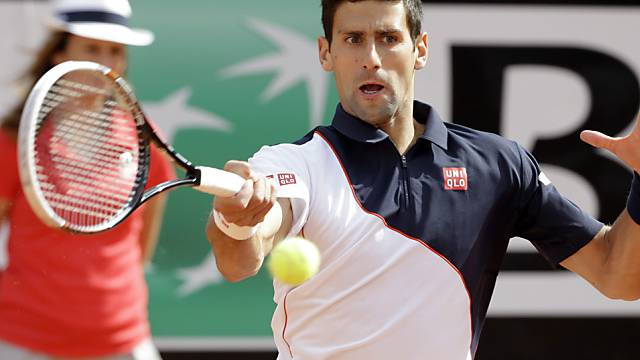 Novak Djokovic setzt sich im Final von Rom gegen Rafael Nadal durch