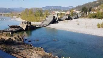 Die eingestürzte Brücke.