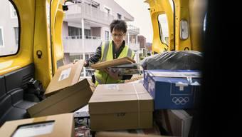 Die Post will ihre Mitarbeitenden entlasten. Die Gewerkschaft sieht darin eher einen Schuss auf die eigene Belegschaft.