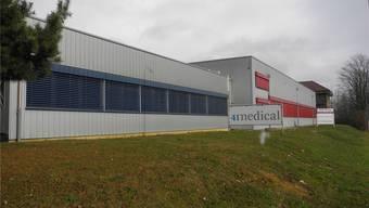 Die Firma ist von ehemaligen Mitarbeitern von Synthes und zusammen mit dem einstigen Synthes-Patron Hansjörg Wyss aufgebaut worden.