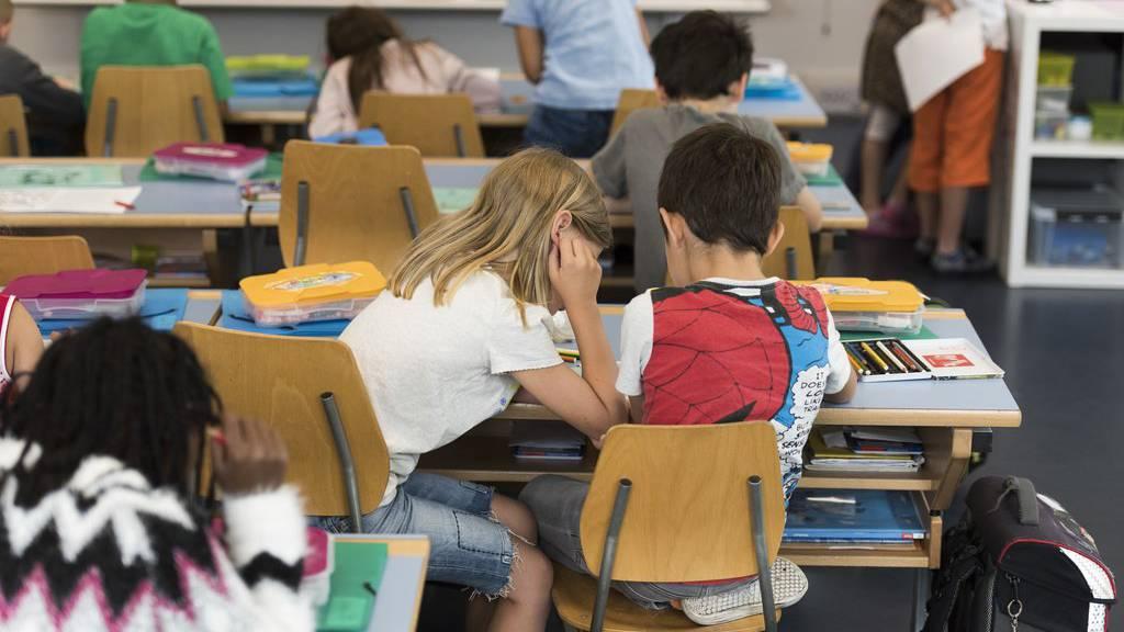 An den Jonschwiler Schulen gilt eine neue Absenzregelung. (Symbolbild)
