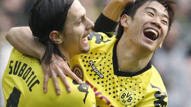 BVB-Matchwinner Shinji Kagawa (r.) mit Teamkolleke Neven Subotic