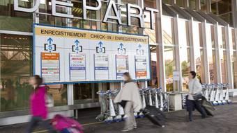 Passagiere am Flughafen Genf (Archiv)