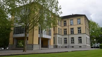 Schulhaus Dorf Windisch.