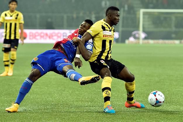 Sekou Sanogo (rechts) mit Breel Embolo im Rücken