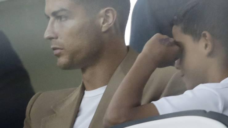 Aufgrund von Vorwürfen sexueller Belästigung gegen den Fussballstar Cristiano Ronaldo sind auch die Aktien seines Fussballklubs eingebrochen. (Archivbild)