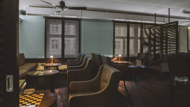 Cigar Lounges Manuels