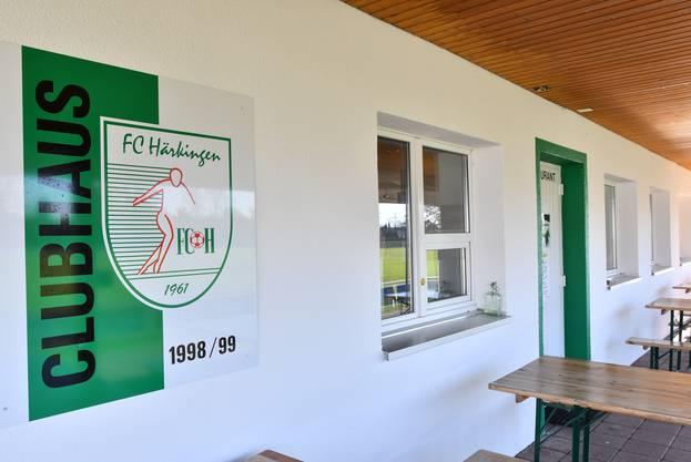 Dank dem Darlehen der Supportervereinigung und der Unterstützung vieler Privatpersonen sowie diverser Sponsoren ist der FC Härkingen wieder auf Kurs.