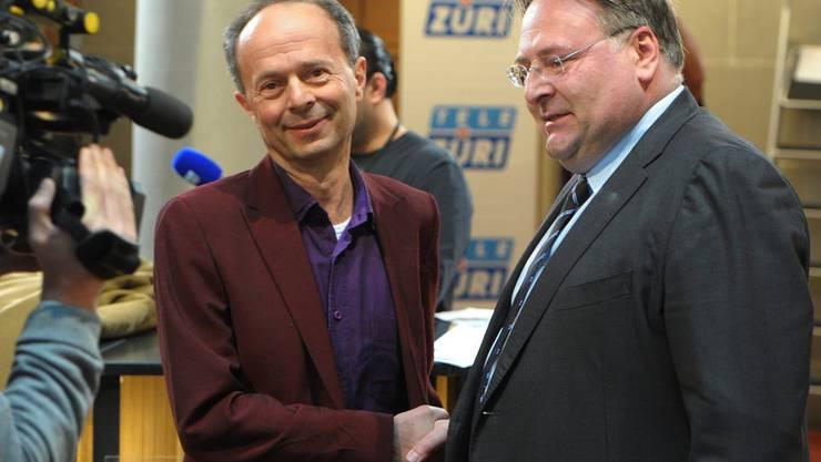 Die Stadtratskandidaten Marco Camin (FDP), rechts, und Richard Wolff (AL), links treten zu einem zweiten Wahlgang an.