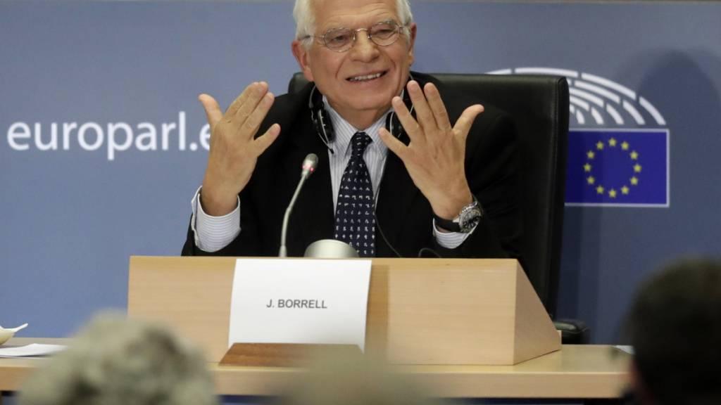 Der designierte EU-Aussenbeauftragte Josep Borrell stand dem EU-Parlament am Montag während drei Stunden Red und Antwort.