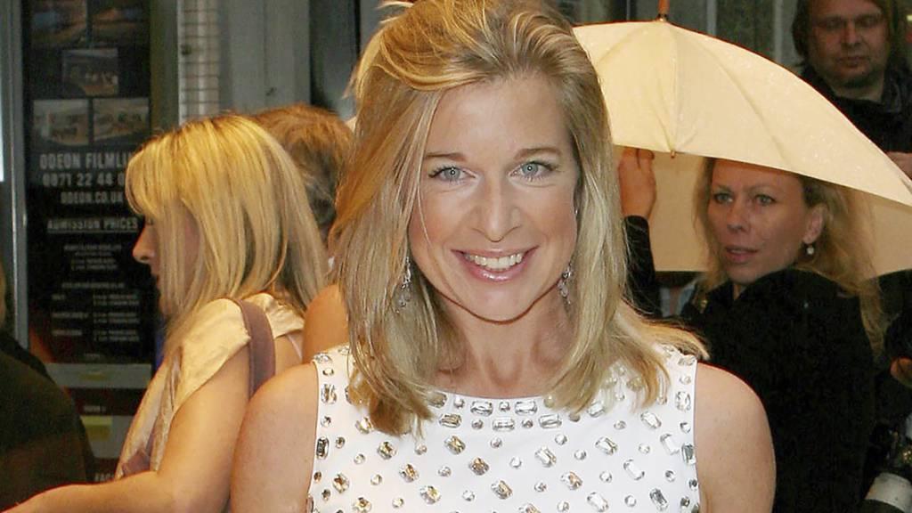 Die rechtsgerichtete britische Kolumnistin Katie Hopkins muss Australien verlassen, nachdem sie in sozialen Medien mit einem Verstoss gegen die geltenden strengen Quarantänemassnahmen geprahlt hatte.
