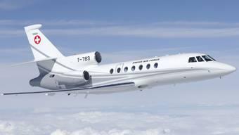 Die Flugstunde mit dem Bundesratsjet Falcon 50 kostet neu 8600 Franken und nicht wie bisher 8000 Franken.