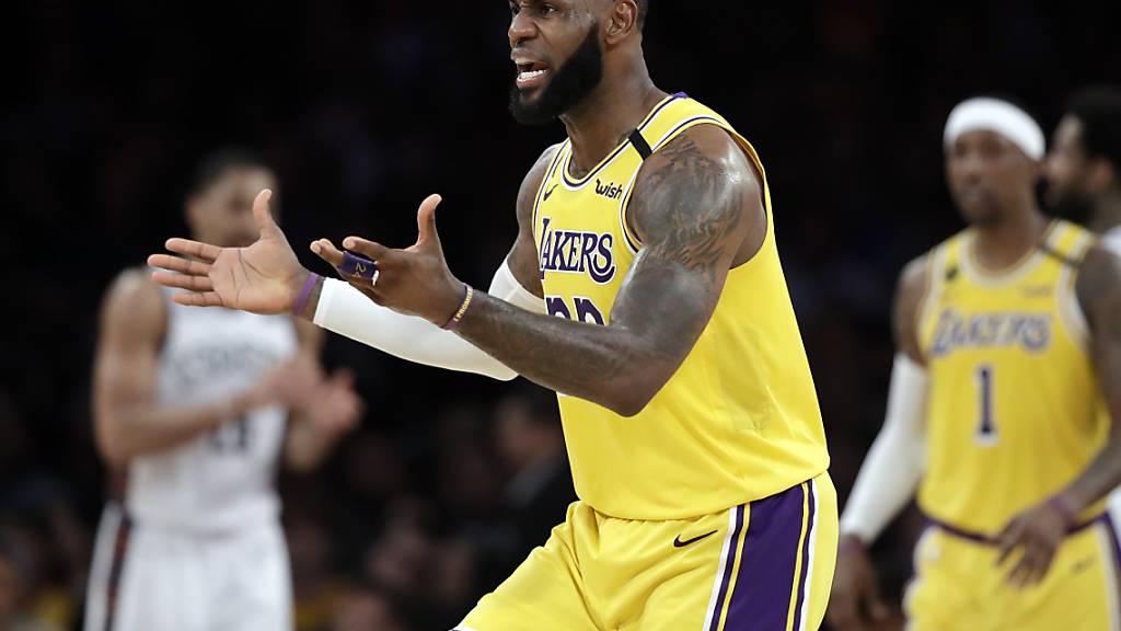 Zwei Spieler der Los Angeles Lakers mit Coronavirus