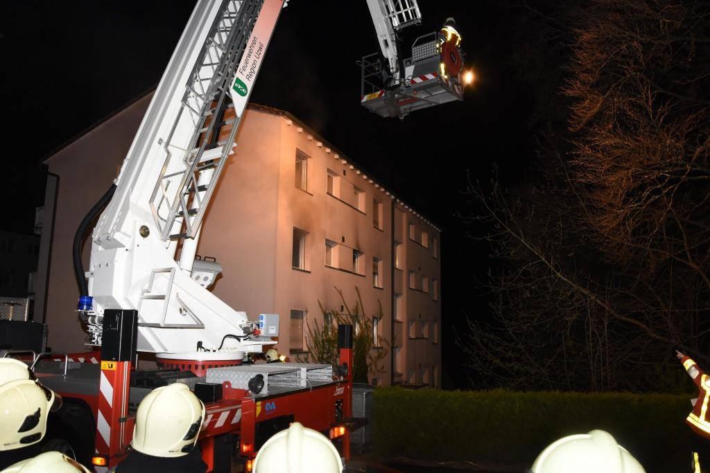 Brand Mehrfamilienhaus Uzwil (© Kapo SG)