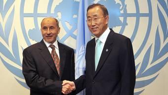 Der Chef des libyschen Übergangsrates, Mustafa Abdul Dschalil, und UNO-Generalsekretär Ban Ki Moon in New York