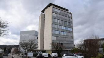 Derzeit sind die Abklärungen im Gang betreffend der weiteren Nutzung des ehemaligen Verwaltungsgebäudes der Kabelwerke Brugg.