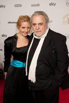 Mit der 47 Jahre jüngeren Opernsängerin ist Schell seit 2008 zusammen.