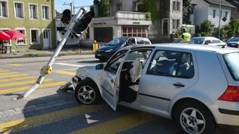 Reparaturarbeiten an der umgefahrenen Ampel in Solothurn