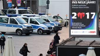 Nach den sexuellen Übergriffen bei der Silvesterfeier vor einem Jahr sind alle Augen auf Köln gerichtet. Die Stadt hat ein grosses Sicherheitsdispositiv aufgebaut.