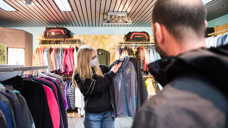Selbstständige wie etwa Ladenbesitzer bekommen teils mickrige Entschädigungen.