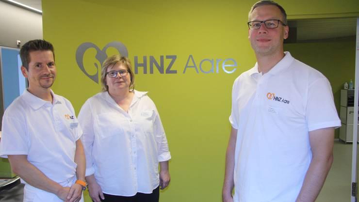 Stefan Farese, Andrea Grêt und Jan Novak führen ihr neu eröffnetes Herz- und Nierenzentrum Aare.