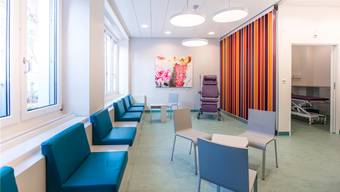 Die neuen Räume des Kantonspitals Aarau wurden vorgestellt. Eine sitzende Behandlungszone soll helfen, Notfallpatienten schneller zu behandeln.
