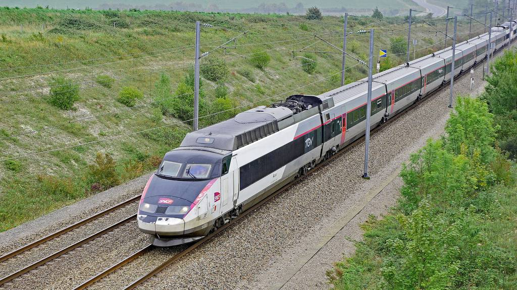 Alstom will Bombardier-Zugsparte kaufen