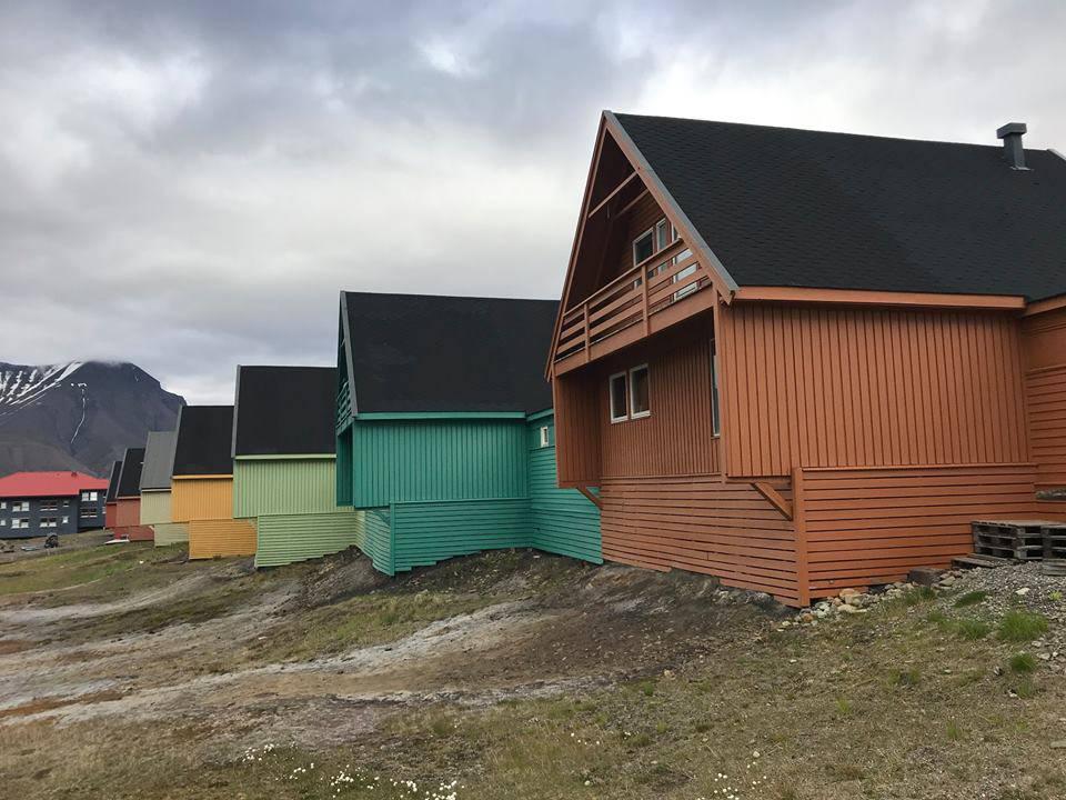 In der Arktis zu leben ist nicht immer ganz einfach. Die Einwohnerin Marta lebt seit vier Jahren dort und erzählte mir, wie es sich anfühlt, wenn die Sonne für mehrere Monate nicht mehr scheint. (© Virgin Radio Switzerland)