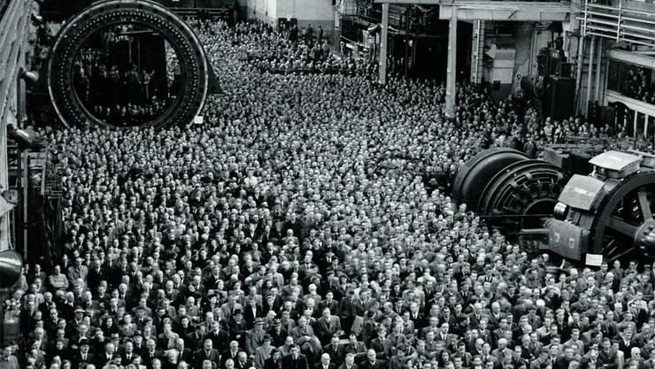 In der 1927 erbauten, 150 Meter langen Grossmontagehalle an der Bruggerstrasse fand 1941 der Festakt 50 Jahre BBC statt (Foto); beim 100-Jahr-Jubiläum 1991 diente sie der Ausstellung «Techart». Archiv
