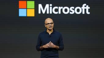 Microsoft-CEO Satya Nadella kündigt neue Produkte an. Wegen einer Sicherheitslücke stellt das Unternehmen ein Windows-Update zur Verfügung. (Archivbild)