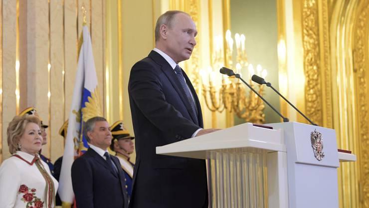 Wladimir Putin ist zu seiner vierten Amtszeit als russischer Präsident vereidigt worden.