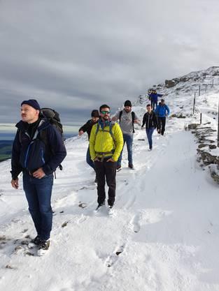 Am Sonntag glitzerten die Sonnenstrahlen im Neuschnee und verwandelten den Wanderweg zum Aescher Wildkirchli in ein verfrühte Winterlandschaft