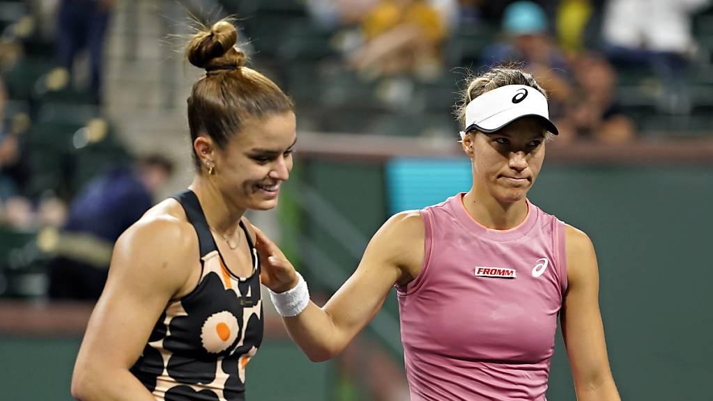 Viktorija Golubic (rechts) lächelt in dieser Szene zwar nicht, verlässt aber den Platz gegen Maria Sakkari als Siegerin.