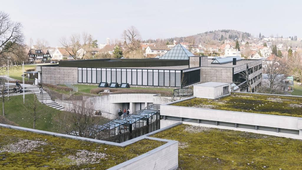 HSG ist die zweitteuerste Uni der Schweiz