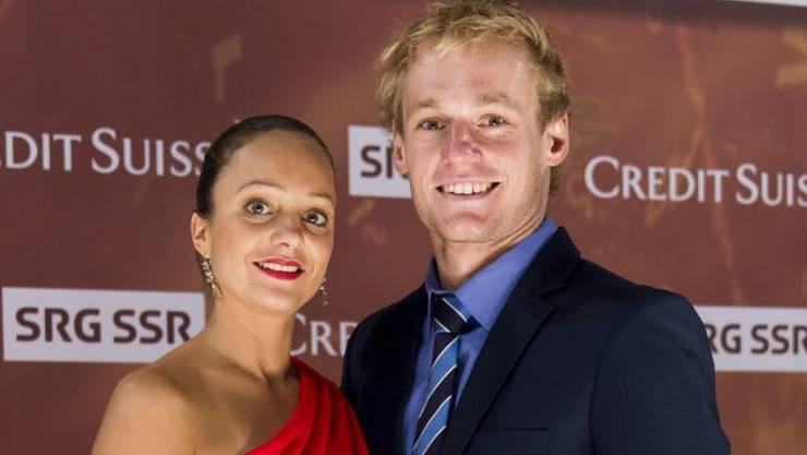 Nach fünf Jahren Beziehung haben sich Ex-Eiskunstläuferin Sarah Meier und Triathlet Jan van Berkel verlobt. Ziviltrauung ist schon im August, das Hochzeitsfest im November. (Archivbild)