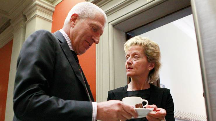 Er war auch ein wichtiger Ansprechpartner für die Politik: Pierin Vincenz hier mit der ehemaligen Finanzministerin Eveline Widmer-Schlumpf in Bern im Jahr 2013.
