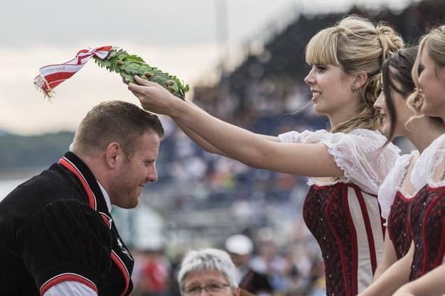 Glarners Höhepunkt: 2016 wird er Schwingerkönig.
