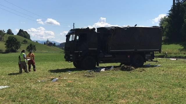 Zwei Schwerverletzte bei Militärunfall