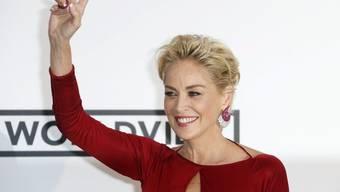 Sharon Stone, die im März heftig knutschend mit dem Zürcher Immobilienmakler Angelo Boffa gesichtet wurde, hat offenbar nicht vor, sich an ihn zu binden. (Archivbild)
